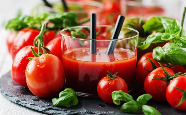 Como armazenar suco de tomate